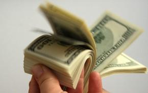 Pinigai studijojantiems